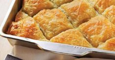 Chicken pie with onions (Kotopita me kremmydia) - iCookGreek Greek Pita, Eat Greek, Savory Pastry, Savoury Baking, Savoury Pies, Food Network Recipes, Cooking Recipes, Healthy Recipes, Greek Pastries