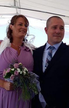 Bridesmaid Dresses, Wedding Dresses, Crown, Fashion, Wedding, Bridesmade Dresses, Bride Dresses, Moda, Bridal Gowns