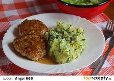 Tvarůžkové karbanátky na pivu recept - TopRecepty.cz Guacamole, Grains, Beef, Chicken, Ethnic Recipes, Meat, Seeds, Korn, Steak