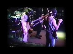 Stevie Ray Vaughan Jamming with Santana and big brother Jimmie Vaughan. Musical Duets, Stevie Ray Vaughan, Rock N Roll, Costa, Pop Culture, Musicals, Blues, Concert