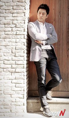 Dae Jang Geum, Parallel Lives, Designated Survivor, Dong Yi, 2 Movie, Korean Actors, Gorgeous Men, Jin, Eye Candy