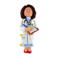 This doctor ornament is a great gift for your favorite doctor. It's always nice to receive a special thank you gift for wonderful care given. Personalized Ornaments, Personalized Gifts, Handmade Gifts, Best Gifts For Doctors, White Coat Ceremony, Farewell Gifts, Doctor Gifts, Female Doctor, Appreciation Gifts