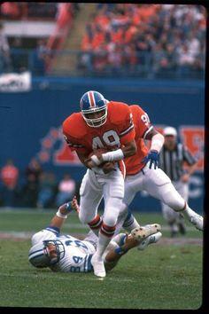 Safety Dennis Smith Broncos Gear, Go Broncos, Nfl Denver Broncos, Broncos Fans, Nfl Football Players, Football Helmets, Broncos Wallpaper, Dennis Smith, Nfl Uniforms