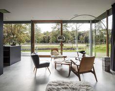 Villa V / Paul de Ruiter Architects