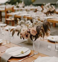 Floral Wedding Centerpieces Planning and Tips - Love It All Wedding Table Centerpieces, Flower Centerpieces, Wedding Decorations, Short Centerpieces, Table Wedding, Centrepieces, Floral Wedding, Wedding Flowers, Wedding Motifs