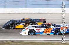 #SuperLateModelSunday #POTD218 Alex Rosenberry 2 | Jeff Ganus 18 | 2015.04.11 | Toledo Speedway