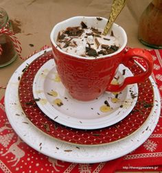 Vegan hot chocolate: the best way to start your day! Vegan Smoothie Recipes, Vegan Dinner Recipes, Good Healthy Recipes, Delicious Vegan Recipes, Vegan Desserts, Vegetarian Recipes, Cooking Recipes, Yummy Food, Vegan Hot Chocolate