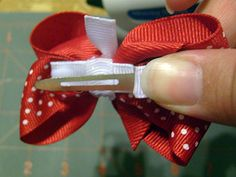 tiny hair bows