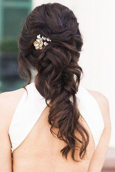 half up half down wedding hairstyles ideas half up modish caitlynmeyermua #weddinghairstyles