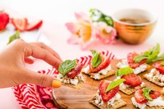 Bookmark this easy recipe for grilled strawberry + goat cheese TRISCUIT appetizers. #partner