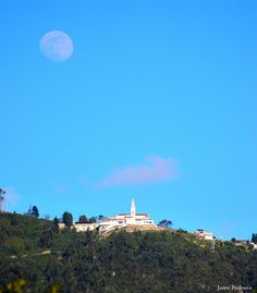 Monserrate, Bogotá Moon River, Blue Moon, I Fall In Love, Scenery, To Go, Clouds, Mountains, Places, Travel