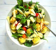 Sallad med färskpotatis och parmesan