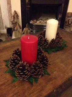 tutos de noel - Page 19 Rustic Christmas Pine Cone Candle Holder Types Of Christmas Trees, Christmas Pine Cones, Outdoor Christmas, Rustic Christmas, Christmas Wreaths, Christmas Crafts, Christmas Ornaments, Farmhouse Christmas Decor, Primitive Christmas