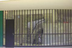 Villa Savoye, Poissy | Flickr - Photo Sharing! Pierre Jeanneret, Le Corbusier, Modern Architecture, Villa, Urban, Muse, Design, Art, Buildings