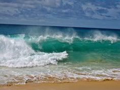 Aug 2011 Shore Pound At Sandy Beach Hawaii Beach Vacation Waves Sea And Ocean, Ocean Beach, Hawaii Beach, Waves Photography, Landscape Photography, Seascape Paintings, Landscape Paintings, Tableaux D'inspiration, Ocean Pictures