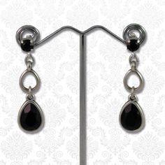 Swarovski druppels zwart  Mooie elegante oorbellen bestaande uit meerdere druppels en Swarovski elements kristallen