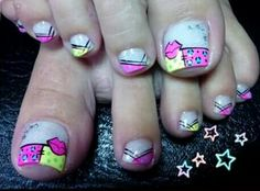 Nails Nail Polish Art, Toe Nail Art, Nail Art Diy, Diy Nails, Crazy Nail Art, Crazy Nails, Heart Nail Designs, Toe Nail Designs, Cute Toe Nails