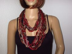 Effektgarn, Schmuck Design, Style, Fashion, Unique Bags, Hot Pink Fashion, Jewelry Dish, Scarf Crochet, Hair Jewelry