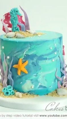 Dolphin Birthday Cakes, Dolphin Cakes, Mermaid Birthday Cakes, Beach Birthday Cakes, Cake Decorating Frosting, Cake Decorating Techniques, Cake Decorating Tutorials, Beach Themed Cakes, Beach Cakes