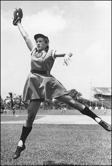 Dottie Kamenshek was called the best player in women's baseball and was once recruited to play for a men's professional team. (National Baseball Hall Of Fame Library) All-American Girls Professional Baseball League player. But Football, Pro Baseball, Baseball League, Nationals Baseball, Baseball Girls, Baseball Scoreboard, Baseball Uniforms, Baseball Jerseys, Baseball Caps