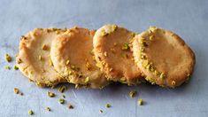 Inspiriert von der Süßspeise Halva hat Cynthia Barcomi dieses Rezept entwickelt – nicht ganz so süß aber genauso köstlich. Crackers, Pancakes, Veggies, Pie, Baking, Desserts, Breakfast, Sweet, Recipes