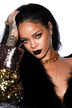"""Rihanna at The Daily Front Row's 1st annual """"Fashion Los Angeles Awards"""". (22nd January 2015)"""
