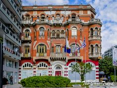 What to see in Thessaloniki in a day Thessaloniki, National Geographic, The Locals, Wander, Greece, Tours, In This Moment, Explore, Mansions