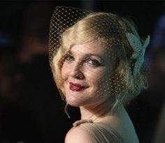 1930s hair and cage veil
