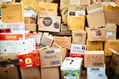Bogged down by possessions: By the time we reach mid-life, we've accumulated a lot of stuff, says today's blogger, Linda Post Bushkofsky. She writes that it might be time to ask ourselves hard questions about our personal possessions. Mystery Box, Cheap Moving Boxes, Business Ideas For Students, Plástico Biodegradable, Custom Cardboard Boxes, Cargo Services, Moving Services, Nescafe, Types Of Painting