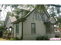 Beautiful 1930, 2200 sqft, 4 bd/2 bth, on one acre in town, w/pool!! Established veggie garden and fruit trees!