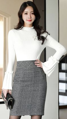 StyleOnme_ Check Print High-Waisted Pencil Skirt #check #elegant #pencilskirt #koreanfashion #kstyle #kfashion #seoul #officelook #feminine #falltrend