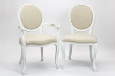 Cadeiras Viena | Cadeira Viena Branca com Braços - referência 99658662 | Cadeira Viena Branca sem Braços - referência 99658667 | A Loja do Gato Preto | #alojadogatopreto | #shoponline