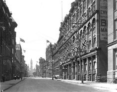 Toronto, looking north to City Hall before the 1904 fire City Information, Yonge Street, Toronto Photos, The Great Fire, Duke Of York, North York, Downtown Toronto, Historical Architecture, Landscape Photos