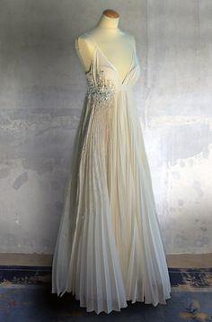 Looks - Brautkleider / Hochzeitskleider / Brautmode - Remshardt High Fashion, Berlin