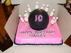 Bowling Cake.. i wish i was young again.. lol i would so want this!!
