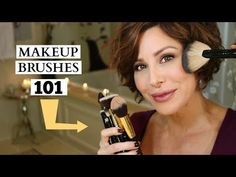 Simple Makeup Tips To Look 10 Years Younger Affordable Makeup Brushes, Best Makeup Brushes, How To Clean Makeup Brushes, How To Apply Makeup, Makeup Brush Set, Eye Brushes, Dominique Sachse, Simple Makeup Tips, Types Of Makeup