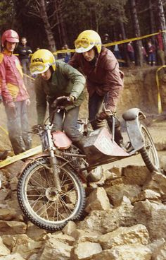 3 Days Trial of Cingles de Berti. 1982. Bultaco Sherpa + artisanal Side.