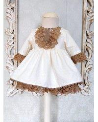 Niña (2) - El armario de Lucía