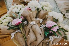 Burlap wrapped florals, #Nantucket #wedding, Zofia & Co. Photography