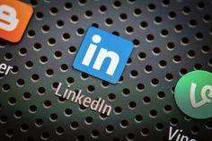 Infographic: Facebook vs. LinkedIn for professionals - Inside Facebook