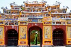 La citadelle interdite de Hué                              …
