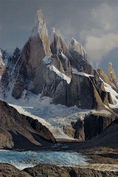 Cerro Torre In Los Glaciares National Park, Argentina.  Argentina Turismo  I vores blog meget mere information  https://storelatina.com/argentina/travelling  #ArgentinaTour #viaje #travelargentina #traveling