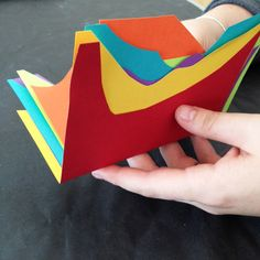 Easy Rainbow Books | The Eric Carle Museum Art Studio Blog #bookmaking #noglue