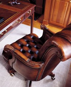 comfy chesterfield real leather home office chair Masculine Home Offices, Luxury Office, Study Office, Small Office, Gray Interior, Leather Interior, Interior Office, Interior Design, My New Room