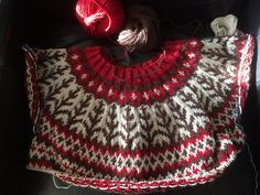 Ravelry: Project Gallery for Emblas Mamma pattern by Tina Hauglund