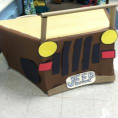 Jungle Classroom Decor *teacher desk or guided reading table......jungle vbs