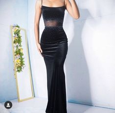 SOLD Vintage Velvet Gown With Beading and a Sheer Mesh Panel Size S Please click the link in the bio to shop! Elegant Dresses For Women, Pretty Dresses, Beautiful Dresses, Grad Dresses, Ball Dresses, Ball Gowns, Flapper Dresses, Moda Chic, Black Velvet Dress