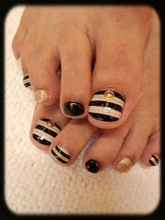 Nautical Inspired Toenails Nail Design Gold and Black and White with Gold Glitter and Stripes!
