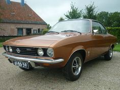 Opel A Manta - 1974 Vintage Travel, Vintage Cars, Automobile, Car Essentials, Modified Cars, Buick, Sport Cars, Old Cars, Motor Car