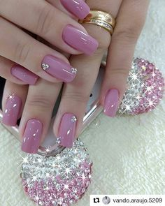 50 Beautiful Nail Art Designs & Ideas Nails have for long been a vital measurement of beauty and Pink Holographic Nails, Pink Nails, Cute Nails, Pretty Nails, Hair And Nails, My Nails, Fall Nail Art Designs, Nail Design, Manicure E Pedicure